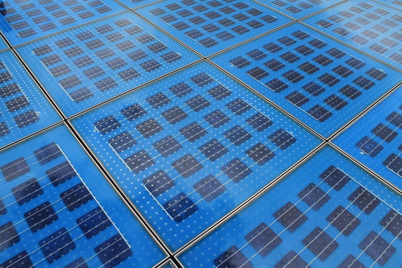 photovoltaic-286025_1280.jpg